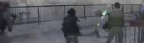 VIDEO: Jerusalem Terrorist Shot Dead After Stabbing Attack