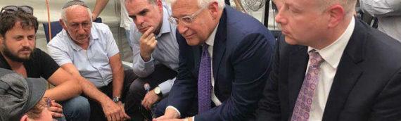 Trump Sends Amb. Friedman, Envoy Greenblatt to Pay Shiva Call for Massacre Victims