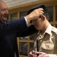 Blind IDF soldier Daniel Defour and Benjamin Netanyahu.v1