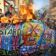 Palestinians protest